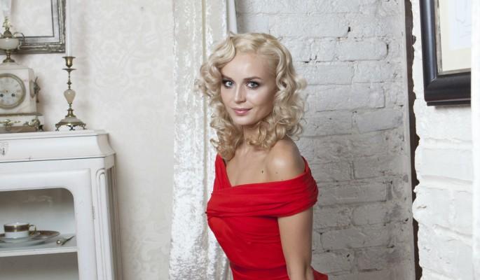 Полина Гагарина беременна :: Шоу-бизнес :: Дни.ру