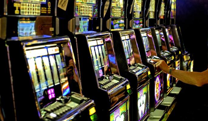 Хотеенко игровые автоматы слот игры автоматы бес