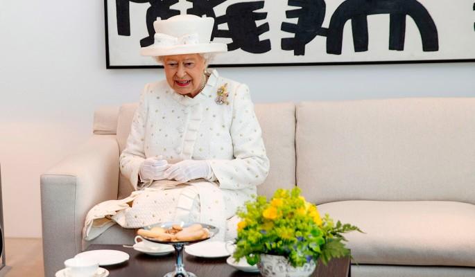 королева елизавета подают день