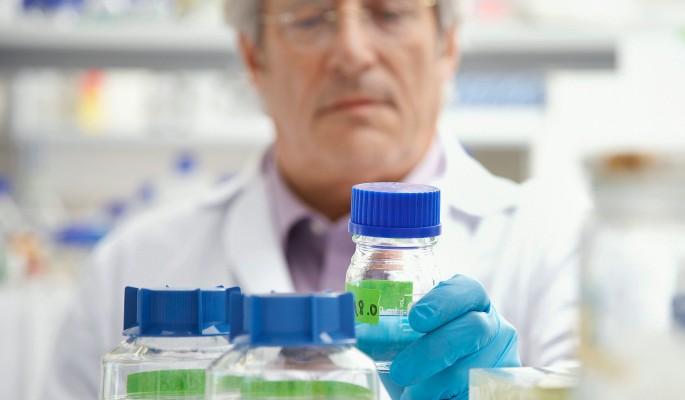 Почему лекарство от рака скрывают