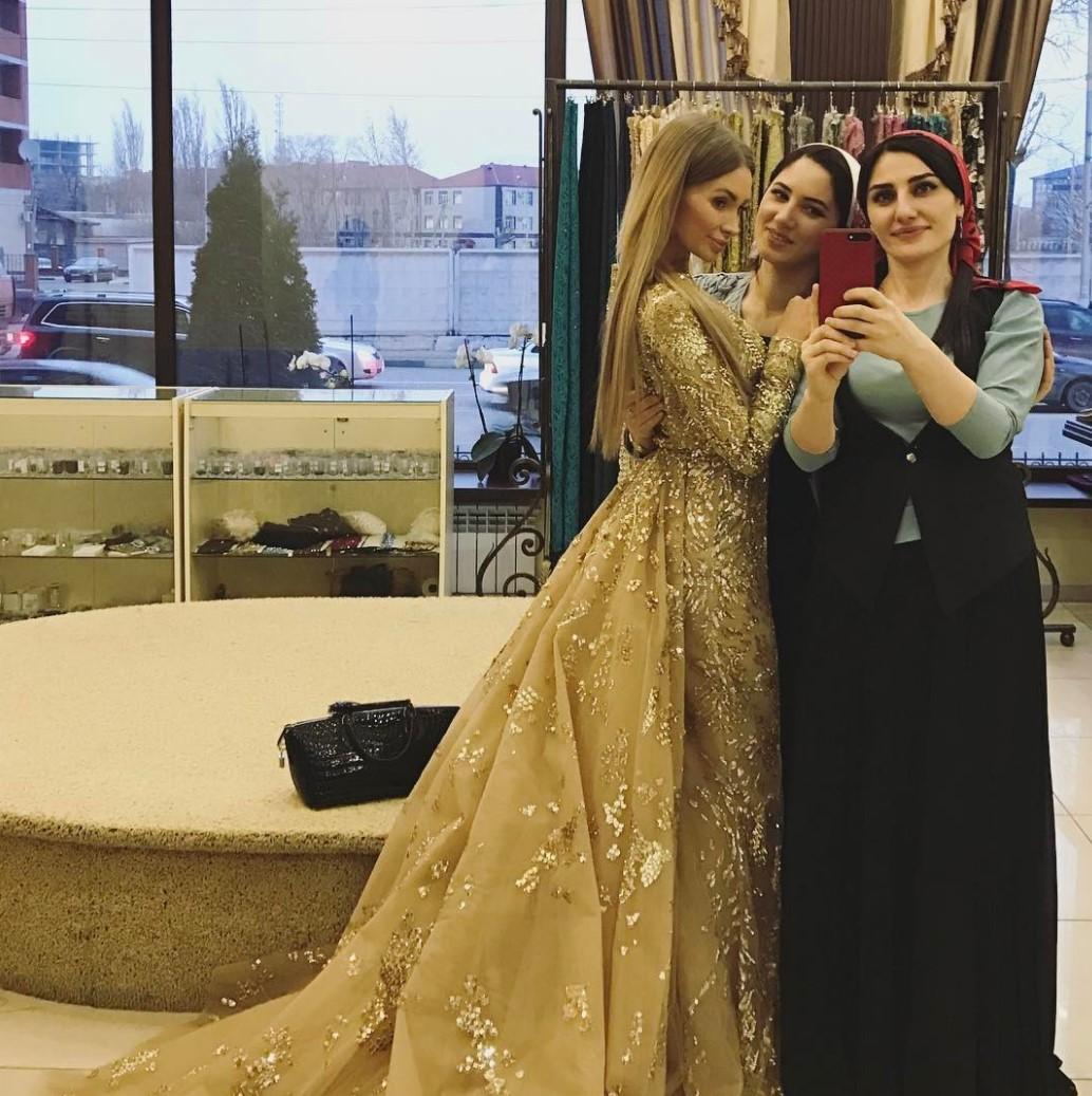 Фото со свадьбы айшат кадыровой