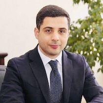 Эдуард Маликович Давыдов