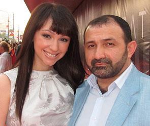Согдиана бросила мужа с 10 детьми :: Шоу-бизнес :: Дни.ру хилари дафф