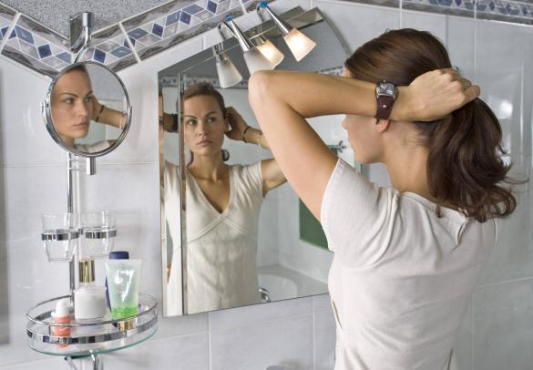 42-летняя Анастасия Волочкова отказалась от наращенных волос