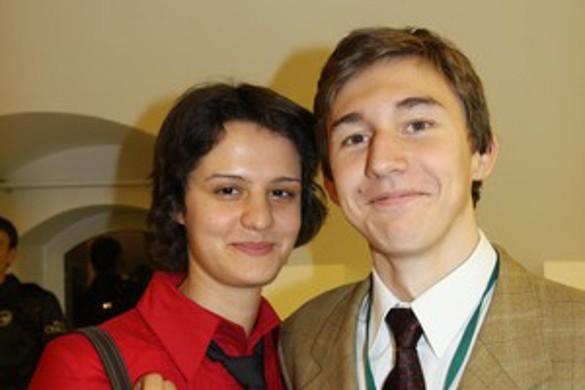 Екатерина Должикова и Сергей Карякин. Фото: ruchess.ru
