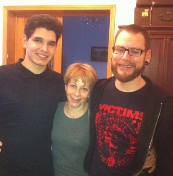 Доктор Лиза и приемный сын Илья (слева). Фото: соцсети