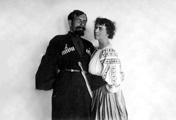 Павел Дыбенко и Александра Коллонтай. Фото: wikimedia.org