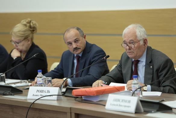 Леонид Рошаль (справа). Фото: onf.ru