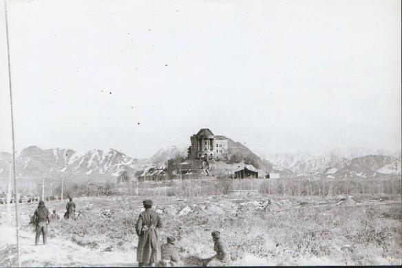 Дворец Амина со стороны правого крыла после штурма 27.12.79. Фото: wikipedia.org/Абрамов Андрей