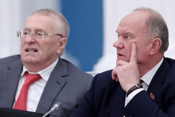 Владимир Жириновский и Геннадий Зюганов. Фото: Сергей Савостьянов/ТАСС