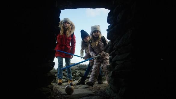 Наталья Чистякова-Ионова с дочками Верой и Лидией. Фото: пресс-служба