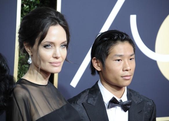 Анджелина Джоли с сыном. Фото: Global Look Press/Dave Longendyke/ZUMAPRESS.com