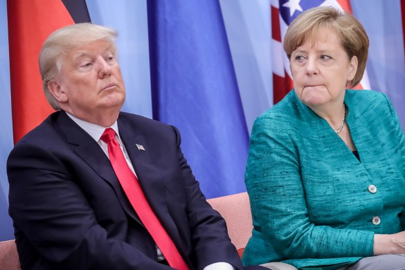 Дональд Трамп и Ангела Меркель. Фото: GLOBAL LOOK press/Michael Kappeler