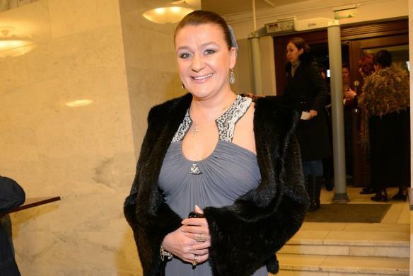 Артистка Анастасия Мельникова поведала отом, как еепарализовало после ужасной трагедии,