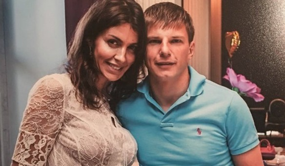 Алиса и Андрей Аршавины. Фото: instagram.com/alisiaarshavina
