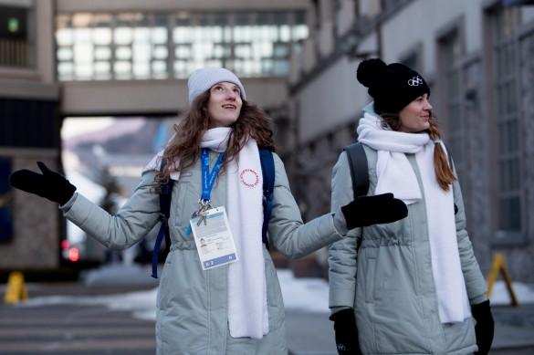 Марика Пертахия и Екатерина Столярова (слева направо). Фото: Сергей Бобылев/ТАСС