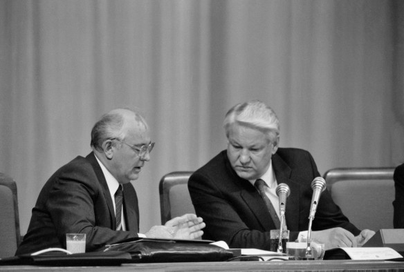Михаил Горбачев и Борис Ельцин.  Фото: Дмитрий Соколов\Фотохроника ТАСС