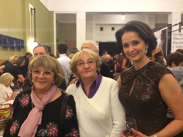 Алла Сурикова, Елена Суржикова и Ольга Кабо. Фото: Артём Фокин