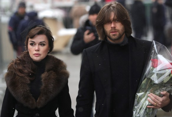 Анастасия Заворотнюк с мужем. Фото: Сергей Бобылев/ТАСС