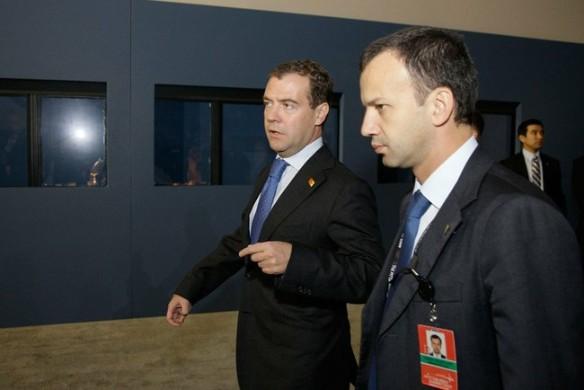 Аркадий Дворкович и Дмитрий Медведев. Фото: wikipedia.org