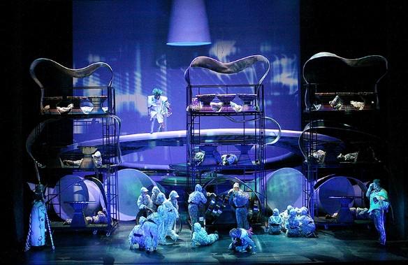 Сцена из спектакля. Фото: Виктор Викторов.