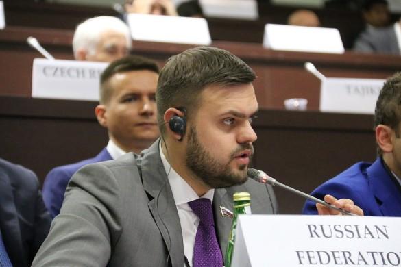 Артем Туров. Фото: flickr.com/OSCE Parliamentary Assembly Follow