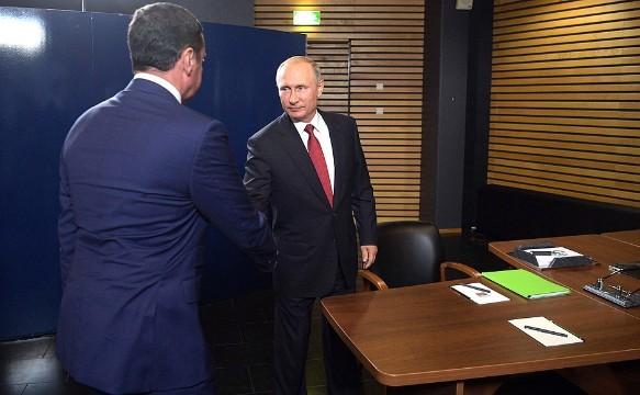 Владимир Путин и  Дмитрий Миронов. Фото: kremlin.ru