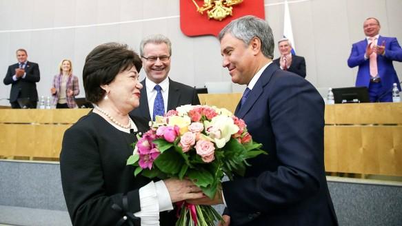 Тамара Плетнева, Гарри Минх и Вячеслав Володин. Фото: duma.gov.ru