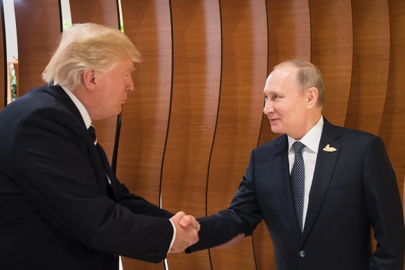 Дональд Трамп и Владимир Путин. Фото: GLOBAL LOOK press/Steffen Kugler