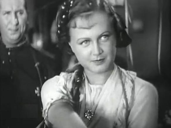 """Татьяна Окуневская. Кадр из фильма """"Последняя ночь"""" (1936)"""