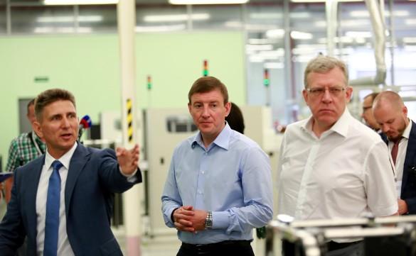 Андрей Турчак (в центре). Фото: council.gov.ru
