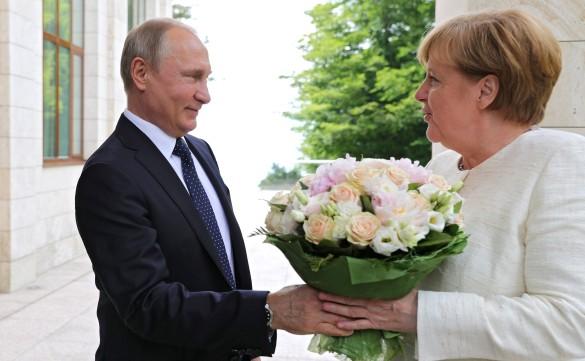 Владимир Путин и Ангела Меркель. Фото: GLOBAL LOOK press/Mikhael Klimentyev