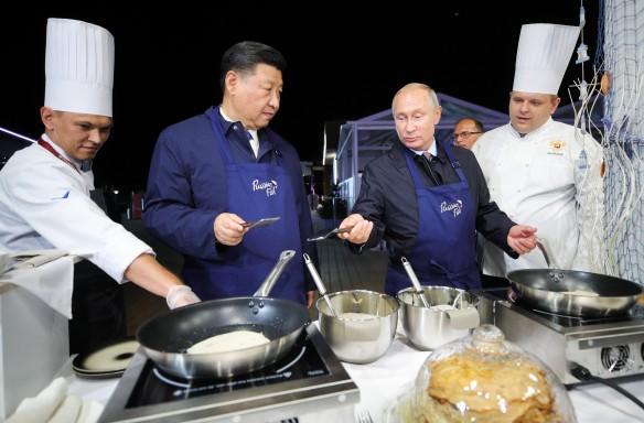 Владимир Путин и Си Цзинпин. Фото: Сергей Бобылев/ТАСС