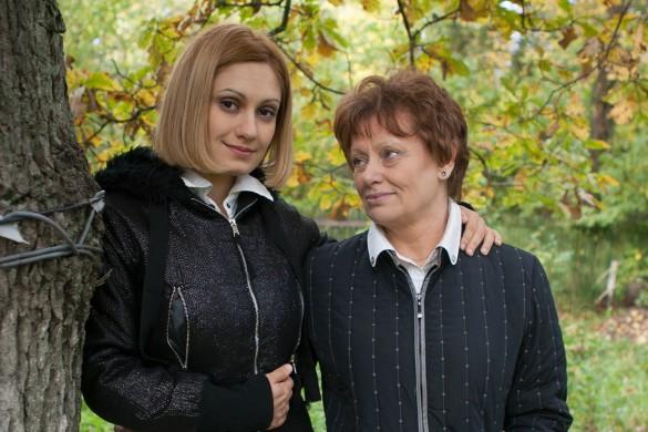 Карина Мишулина с мамой. Фото: GLOBAL LOOK press/Natalia Shakhanova