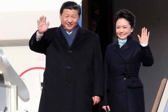 Си Цзиньпин с женой. Фото: GLOBAL LOOK press/Ding Lin