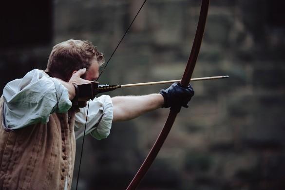 """В непростой игре """"Стикмен с копьем"""" вы должны рассчитать высоту и дальность удара, чтобы убить противника с первого раза. Фото: pixabay.com"""
