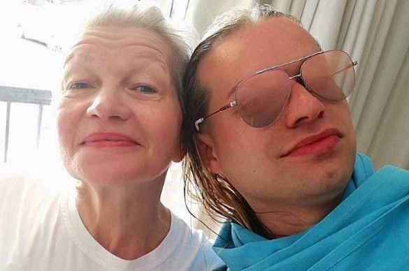 Гоген Солнцев с женой. Фото: instagram.com/solntcev
