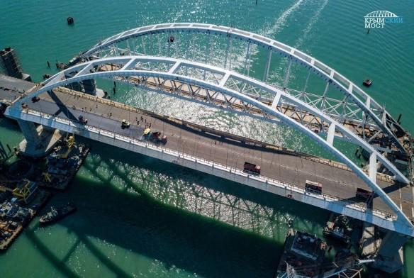 За последние годы про Крымский мост было сочинено огромное количество баек. Фото:most.life/multimedia