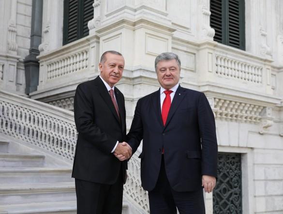 Петр Порошенко и Реджеп Эрдоган. Фото: www.globallookpress.com