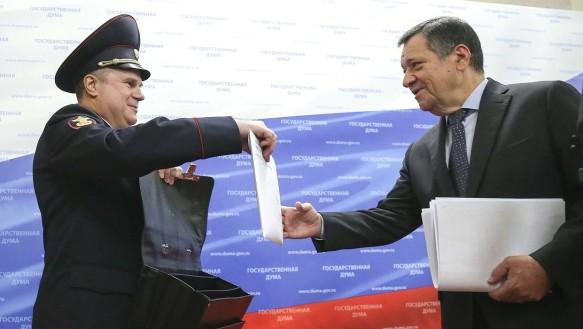 Внесение проекта федерального бюджета в Госдуму в сентябре 2018 года. Фото: duma.gov.ru