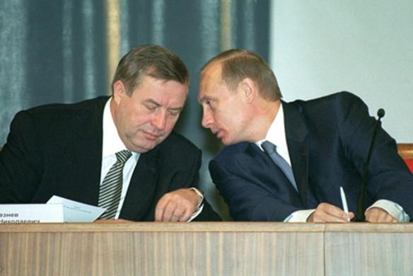 Владимир Путин и Геннадий  Селезнев (Председатель Государственной думы Российской Федерации Ii и III созывов). Фото: wikipedia.org