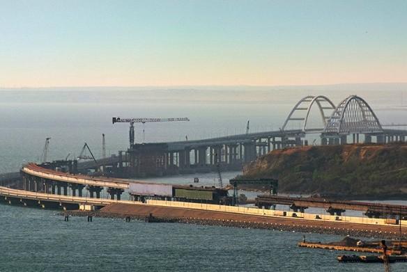 Автомобильная часть Крымского моста пользуется большой популярностью. Фото: most.life/multimedia