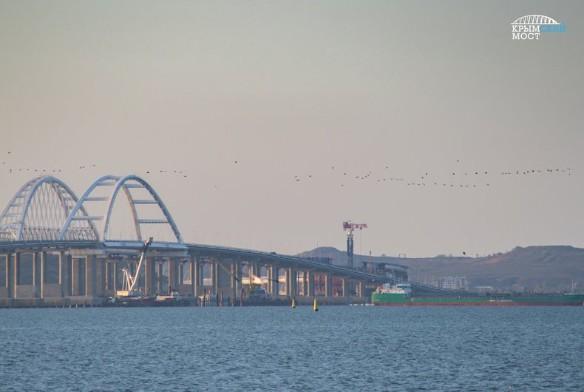 В украинских СМИ распространяются заявления о проседании Крымского моста. Фото: most.life/multimedia