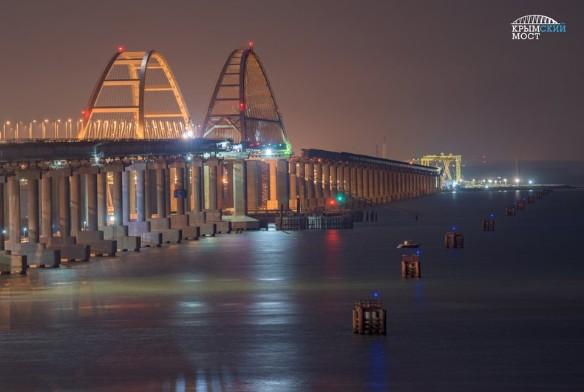 Продолжается возведение железнодорожной части Крымского моста. Фото: most.life/multimedia