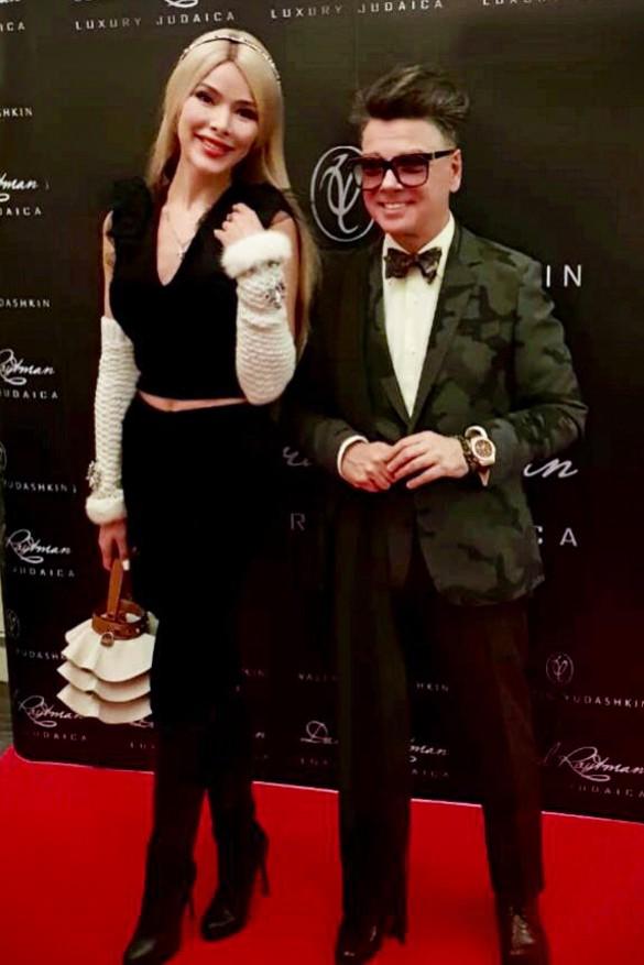 Валентин Юдашкин и Алена Кравец. Фото: Феликс Грозданов/Дни.ру
