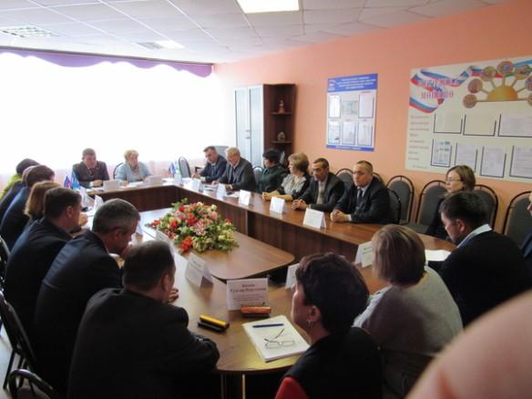 Заседание единороссов в Сибае. Фото: bashkortostan.er.ru