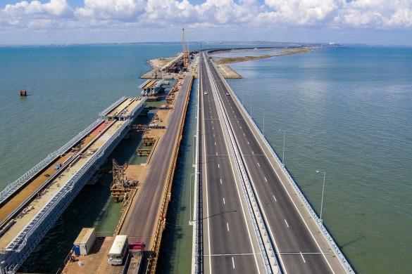 Крымскому мосту не страшны землетрясения. Фото: most.life