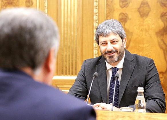 Председатель Палаты депутатов Парламента Италии Роберто Фико. Фото: duma.gov.ru