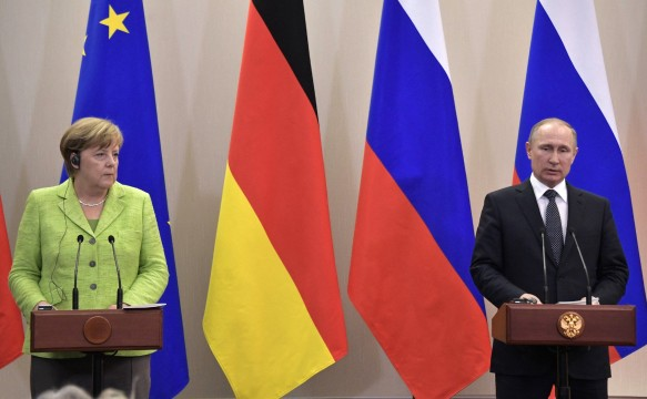 Ангела Меркель и  Владимир Путин. Фото: www.globallookpress.com