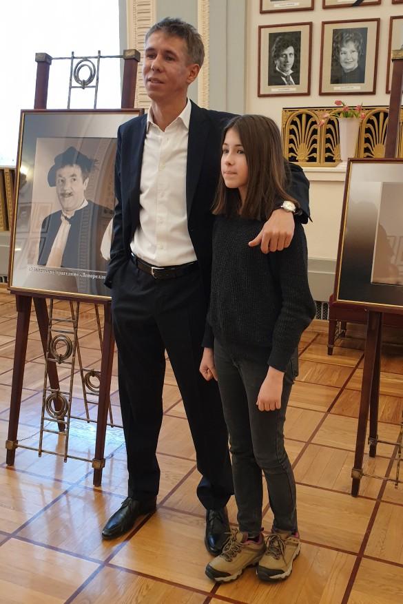 Алексей Панин с дочерью. Фото: Феликс Грозданов/Дни.ру
